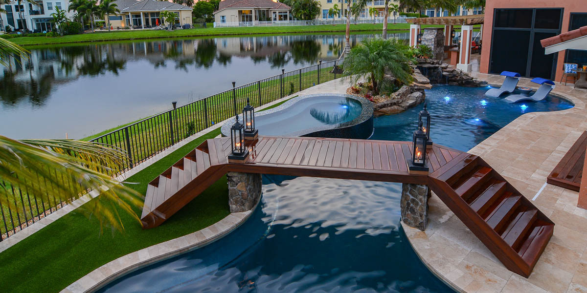 pool-design-with-bridge-features-4