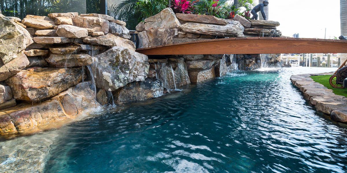 pool-design-with-bridge-features-7