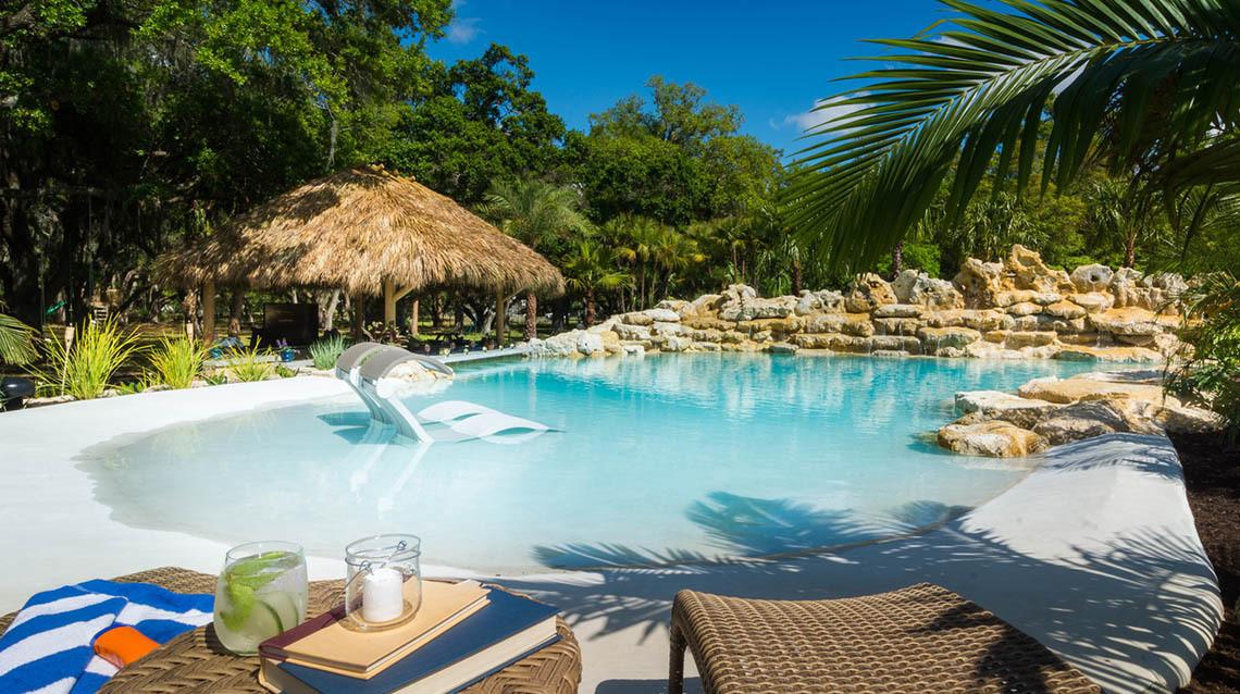 Caribbean-Lagoon-Pool