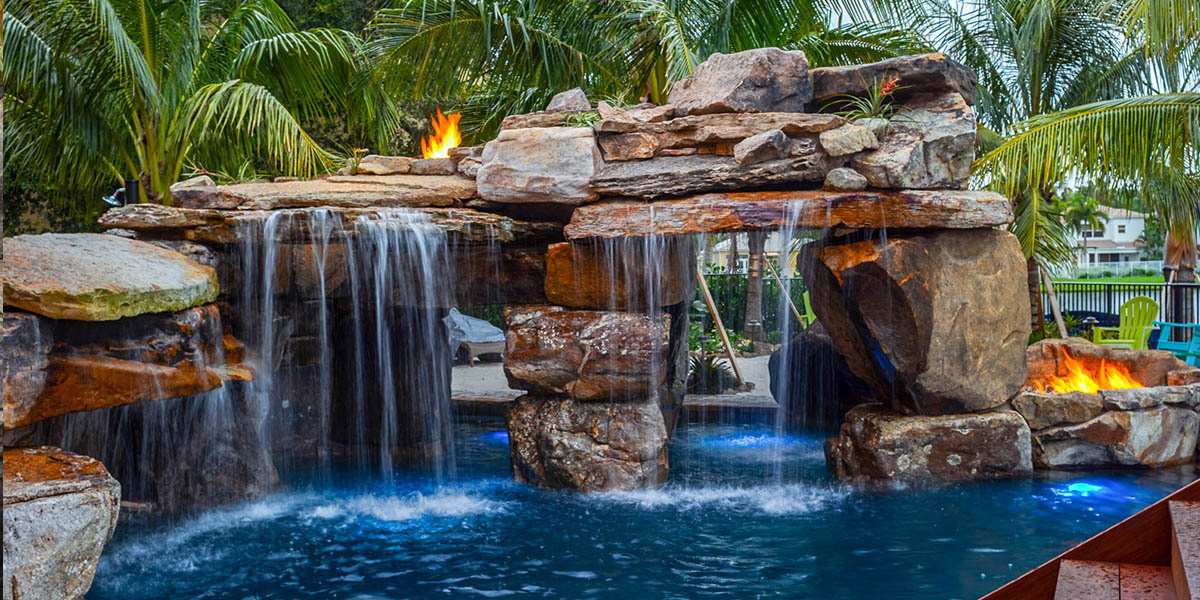 pool-design-with-grotto-feature-1