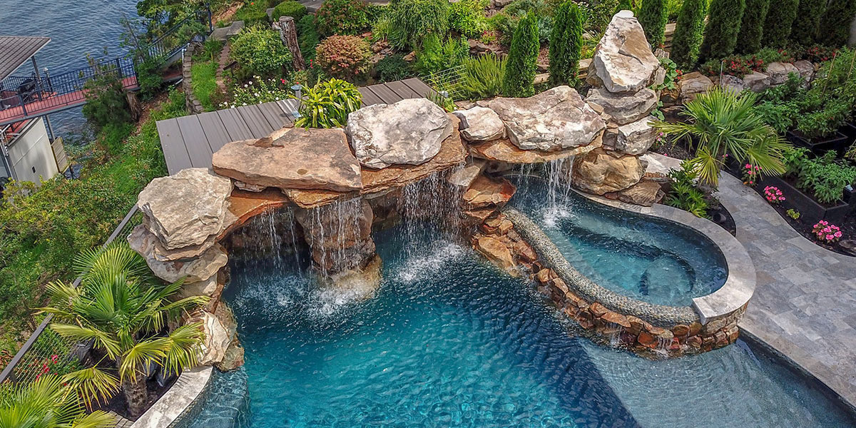 pool-design-with-grotto-feature-14