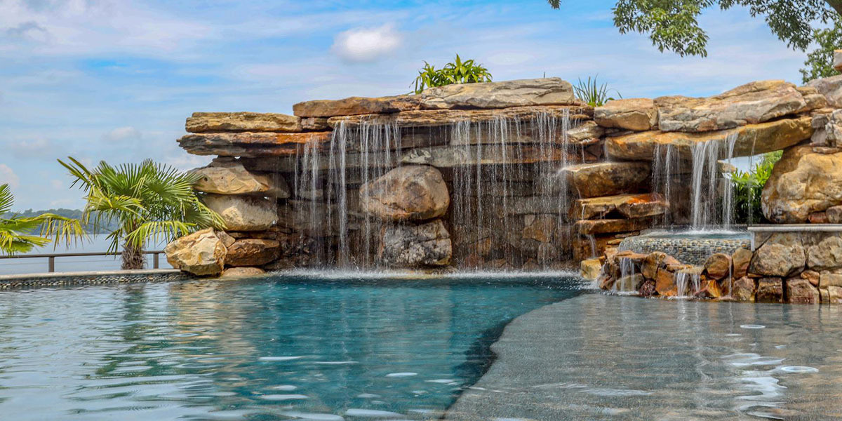 pool-design-with-grotto-feature-3