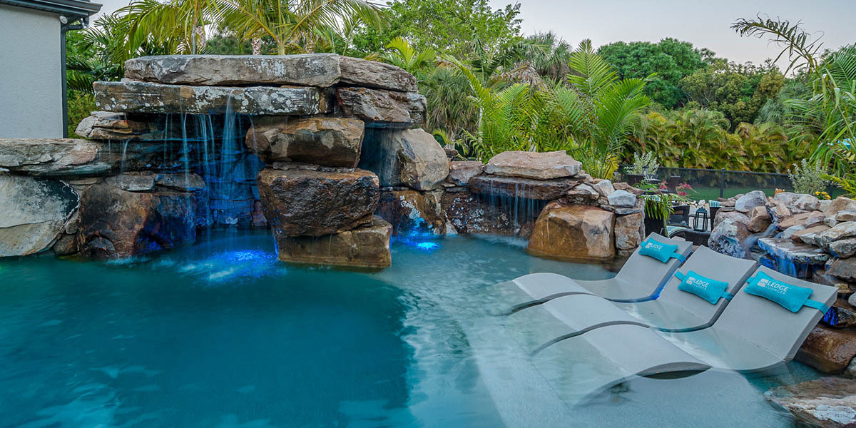 pool-design-with-grotto-feature-5