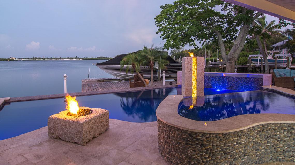 Modern-Style-Pool-Designer