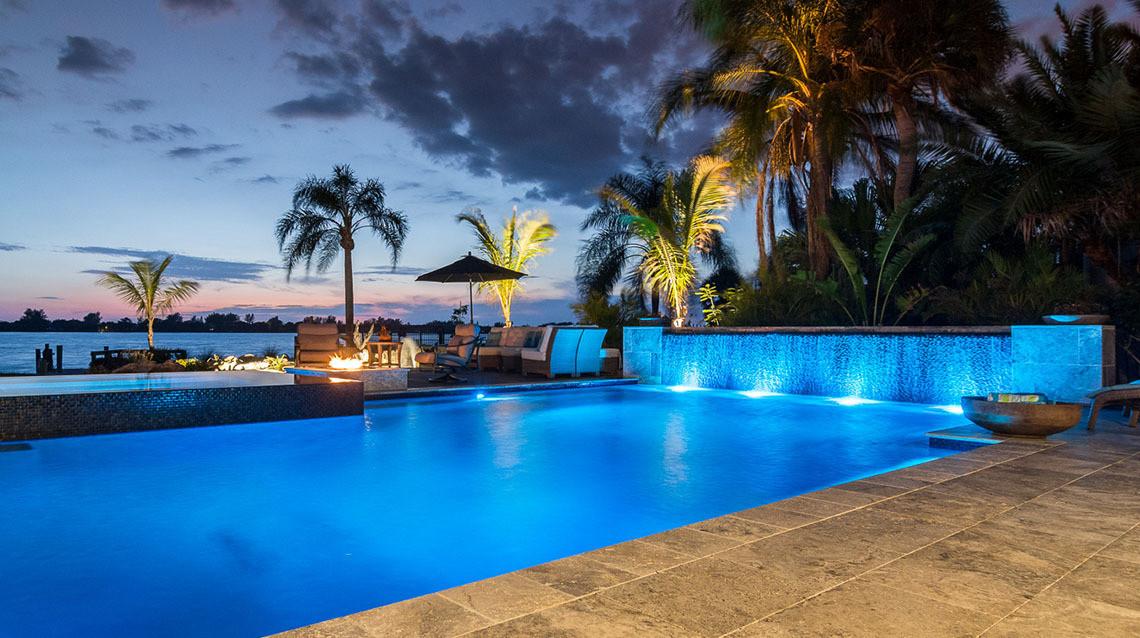 Modern-Swimming-Pool-Designer