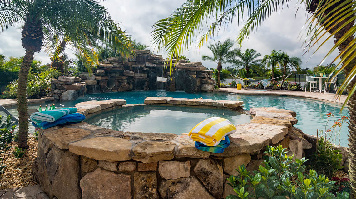 Featured Pool Designs, Feature Examples